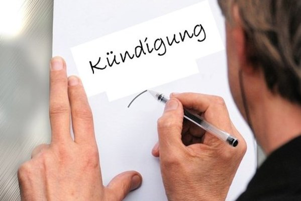 Kündigung So Vermeiden Arbeitgeber Teure Fehler Handelsverband